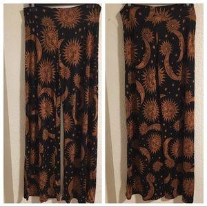 Black and Fold Lounge Pant - Size Medium